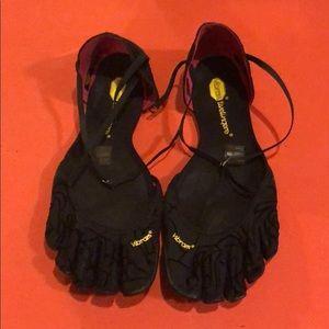 Vibram Vi-S Woman's Shoes